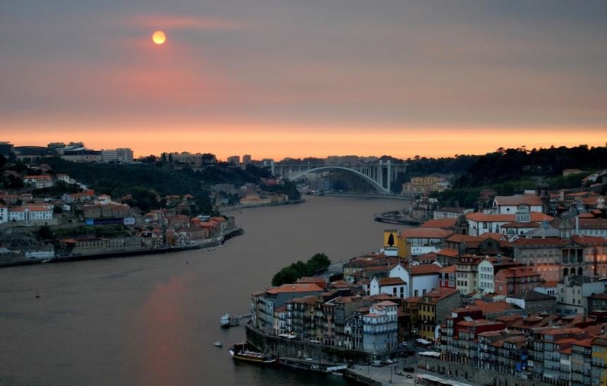 Les touristes continuent d'affluer au Portugal