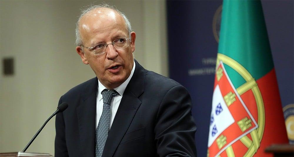 Augusto Santos Silva  explique la réussi de sortie de crise du Portugal